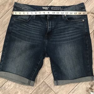 Mossimo Bermuda Jean shorts